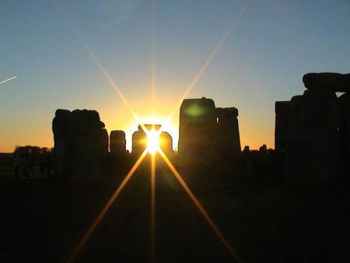 stonehenge-winter-solstice-2003-01